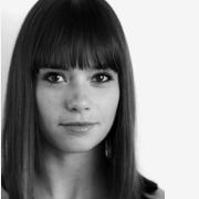 Nicole Guarino Headshot
