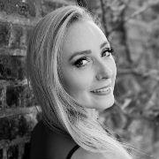 Sophie Wright headshot