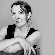 Fiona Lummis headshot